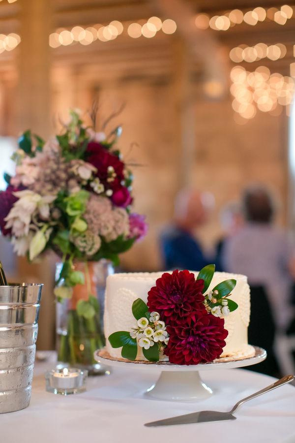 small-cutting-cake.jpg