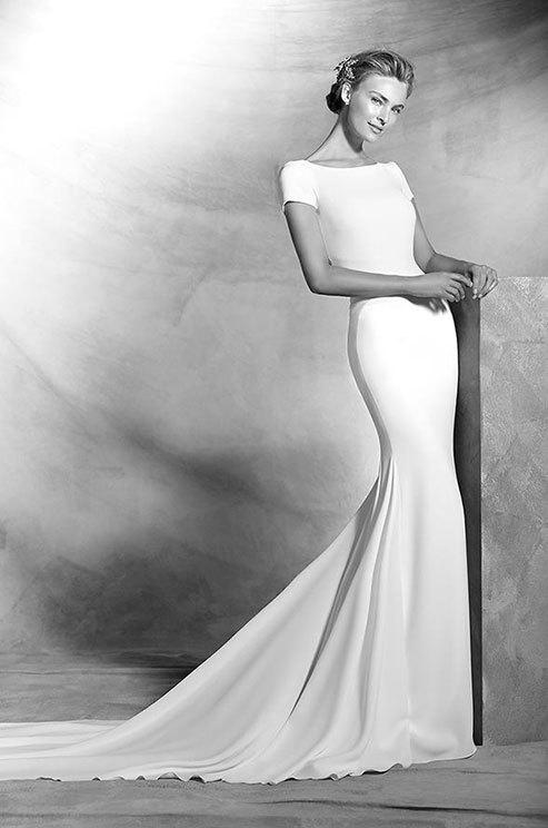 Bateau Neckline Wedding Dresses For The Chic Bride Mywedding