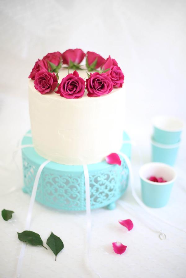 raspberry champagne cake