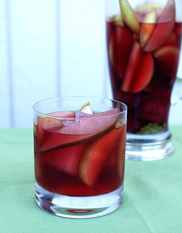 apple rose sangria