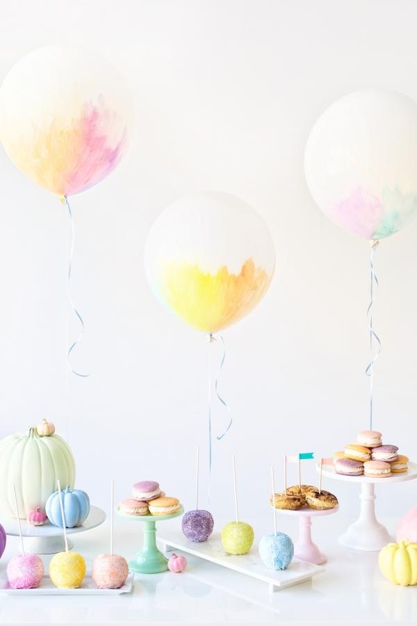 DIY watercolor balloons