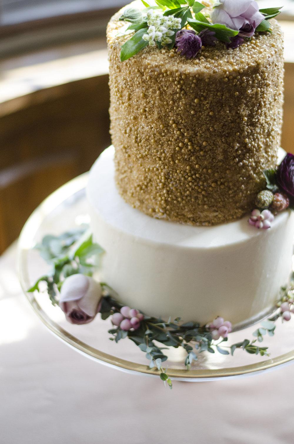 Two Tone Natural Cake