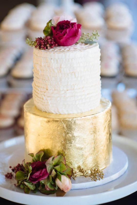 Fuchsia cake