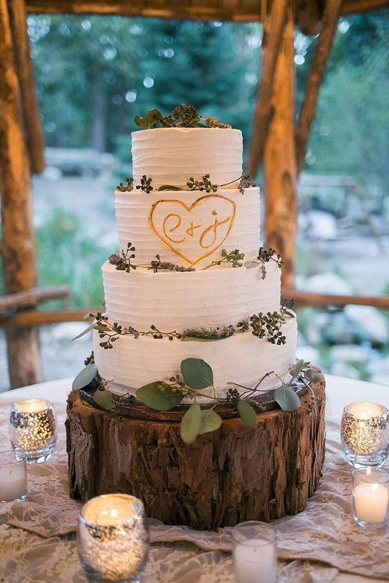 wood inspired wedding cake