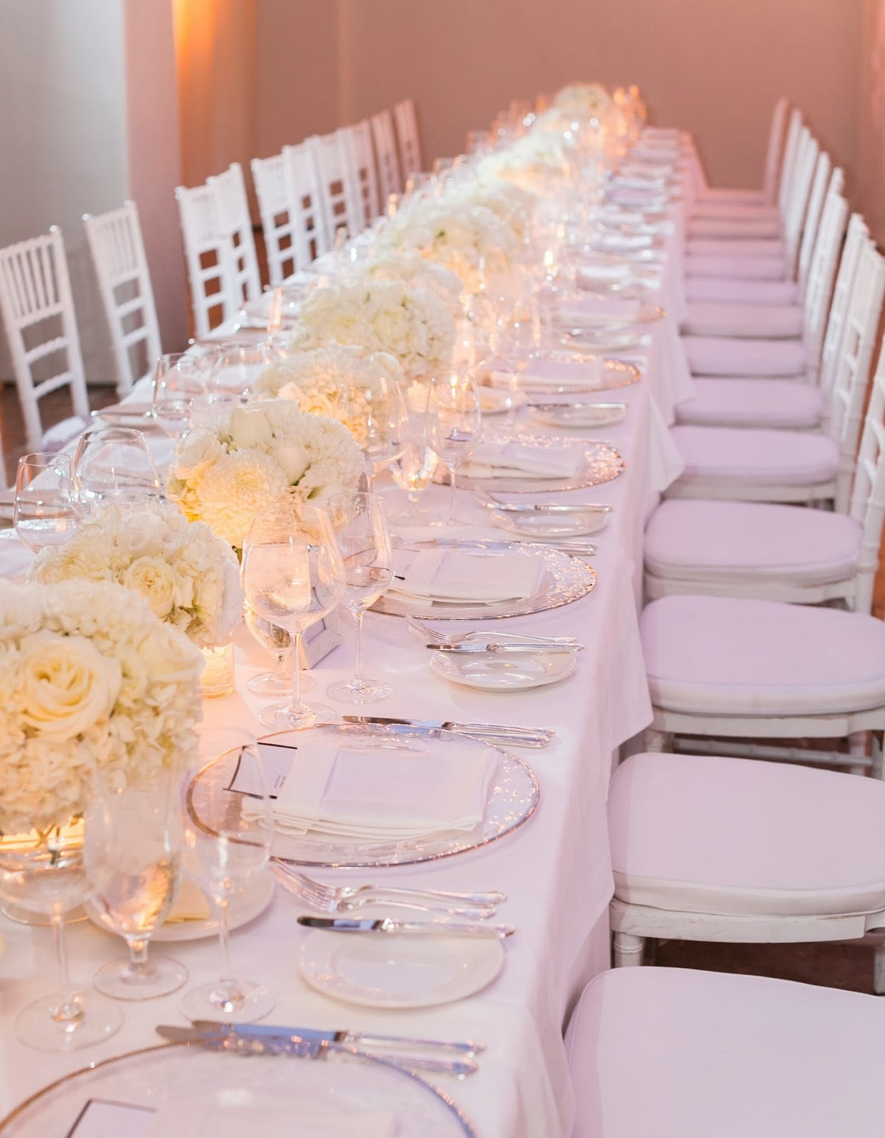 Reception Table White Out