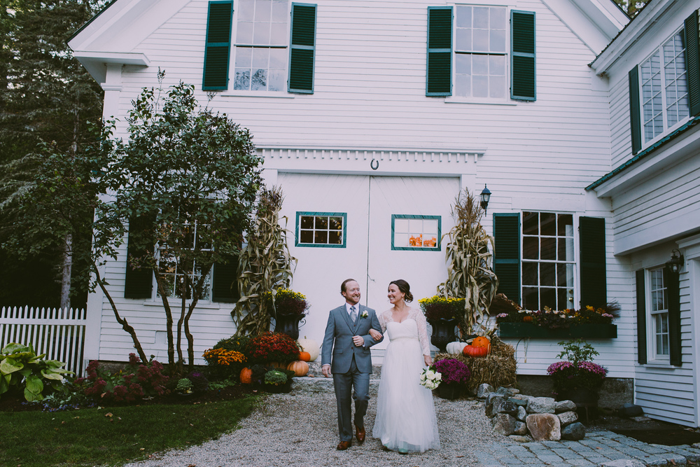 rustic-wedding-venues-across-the-us-hardy-farm-jamie-mercurio