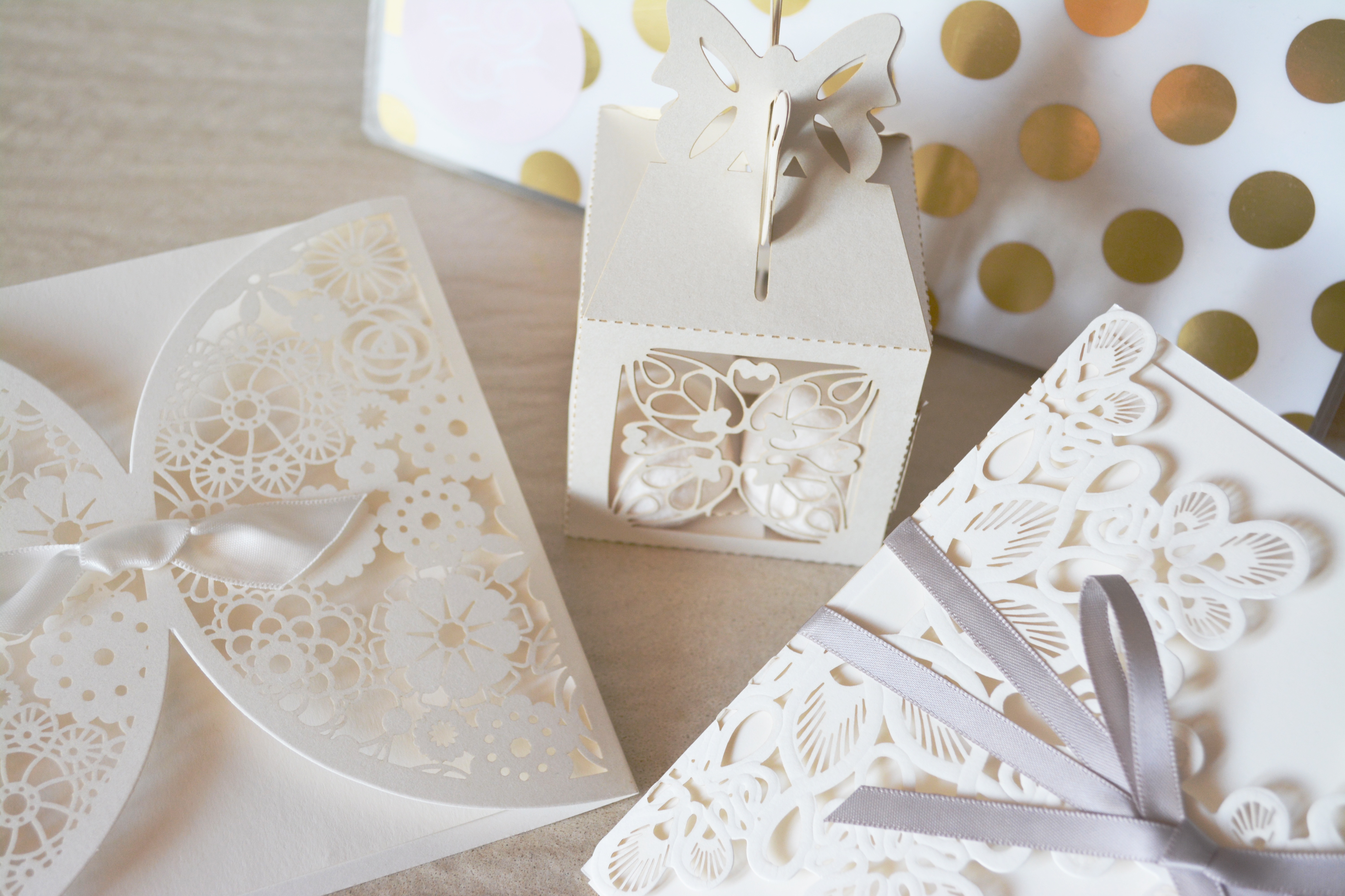 5-Perfect-Ideas-for-Your-Free-Wedding-Website-Pexels-Paper-Goods