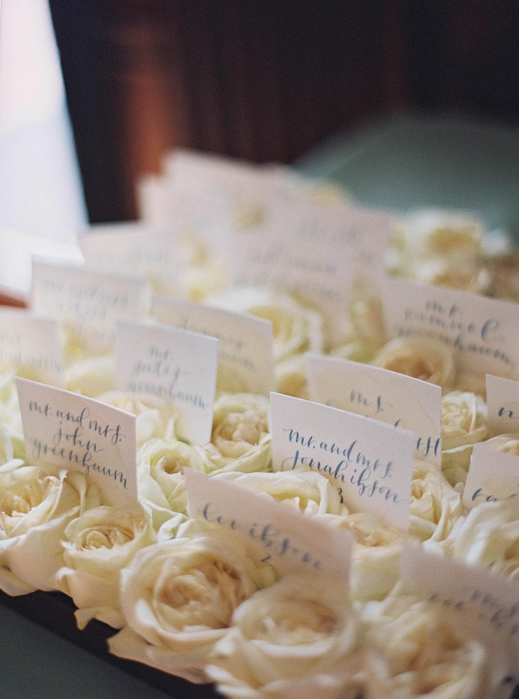 classic-wedding-florists-sidra-forman-amelia-johnson