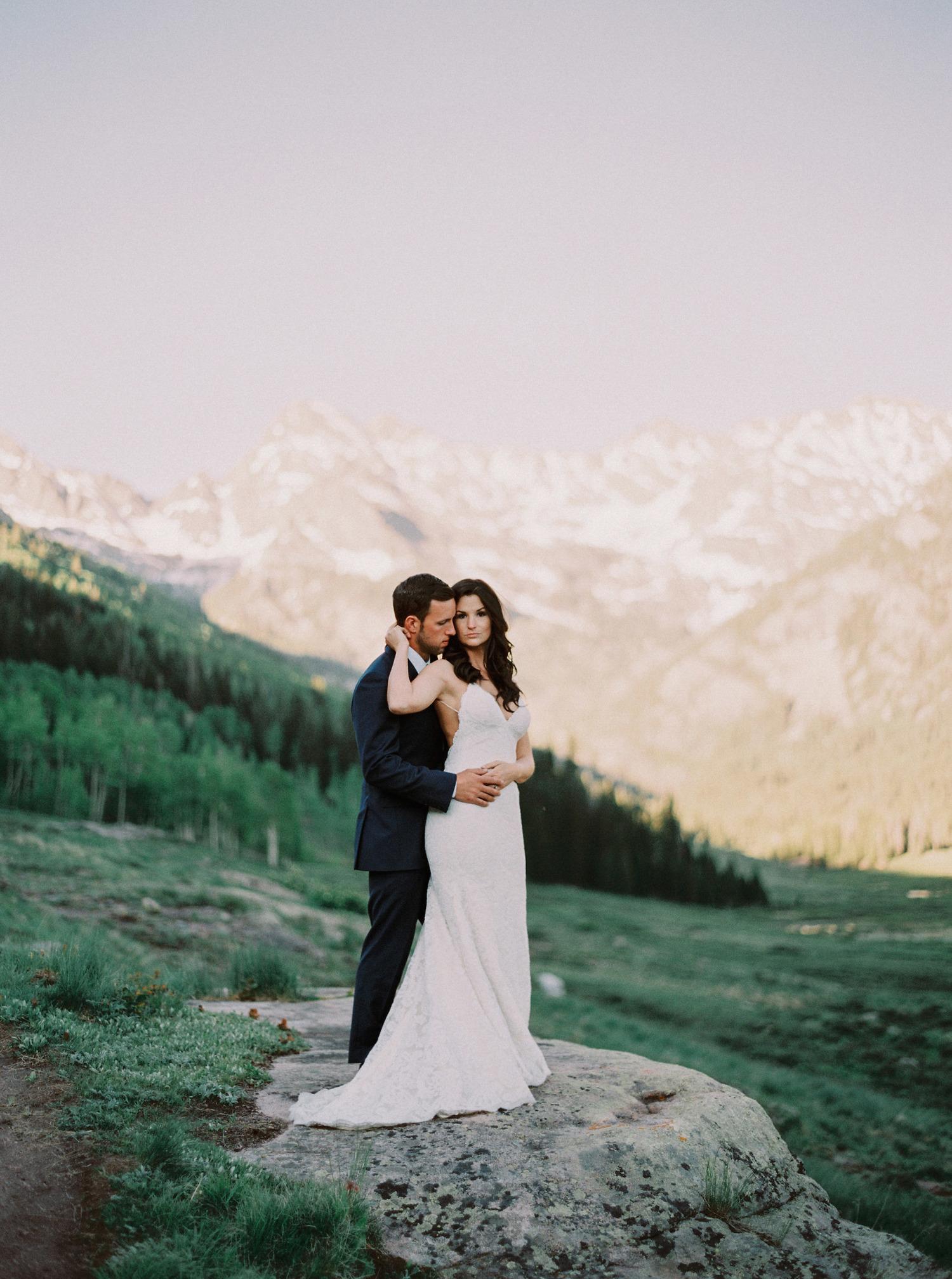 Bride and groom outdoor photo at ski resort