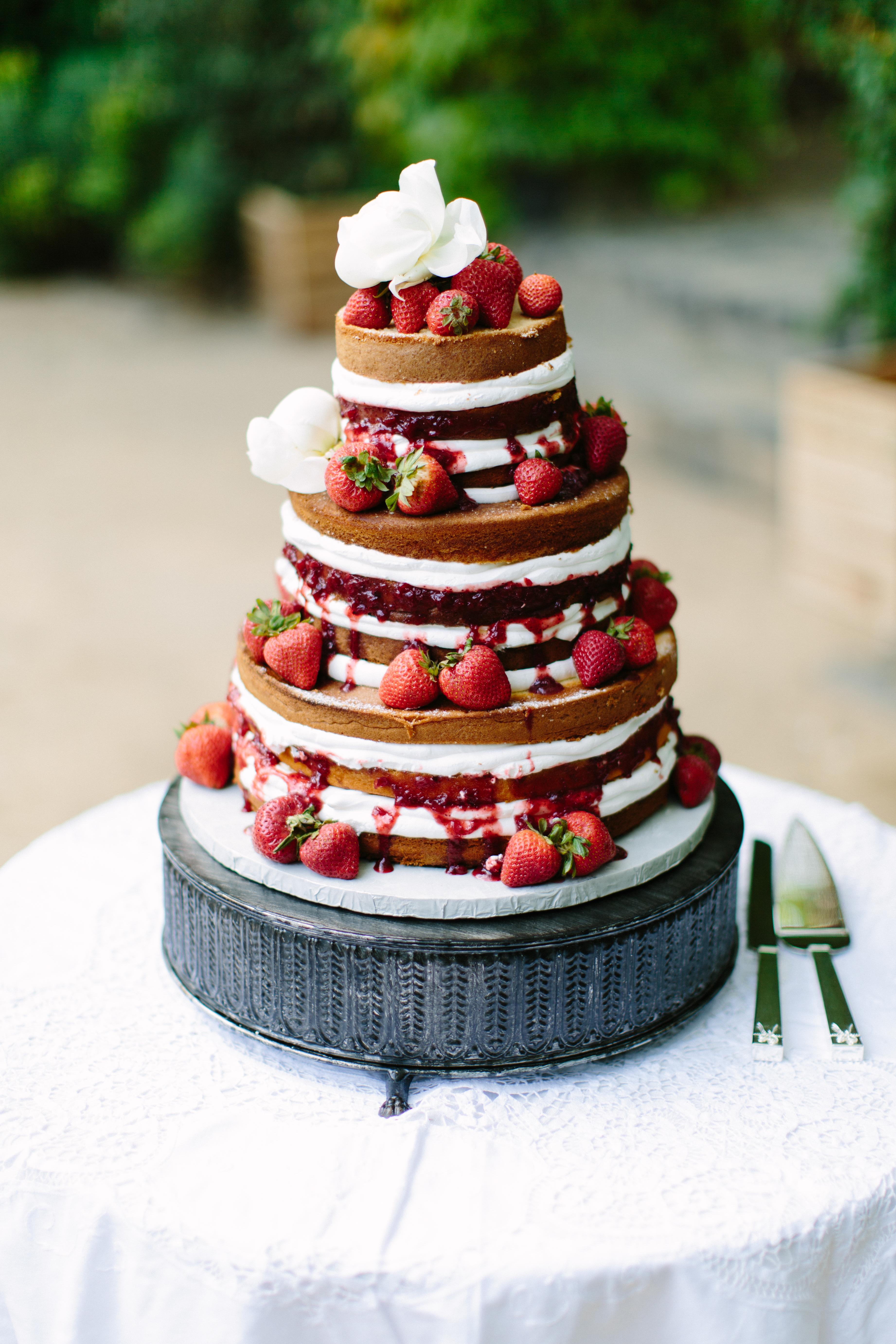 summer-2017-mywedding-real-wedding-megan-clouse-cake
