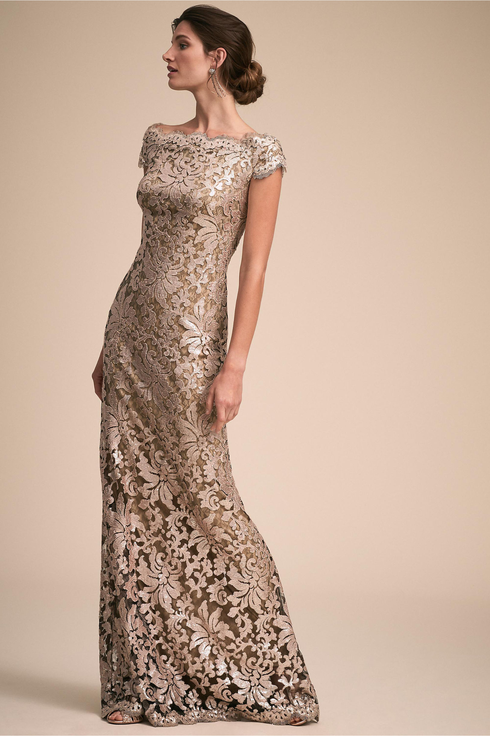 10 Sparkly Mother Of The Bride Dresses That Are Totally Wow