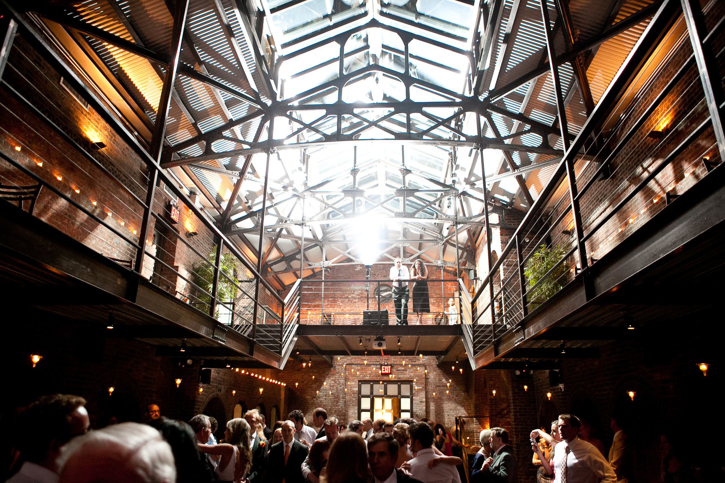 modern-east-coast-wedding-venues-the-foundry